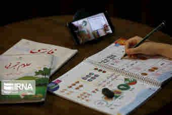 بیش از ۲۳۰ هزار تبلت برای دانش آموزان تهیه شد